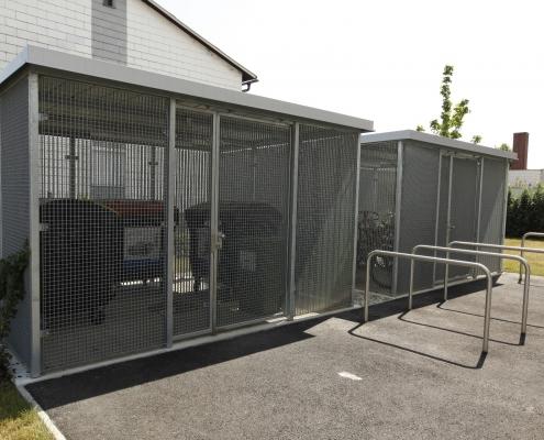 Müll- und Fahrradhaus verzinkt mit AVI Gittermatten