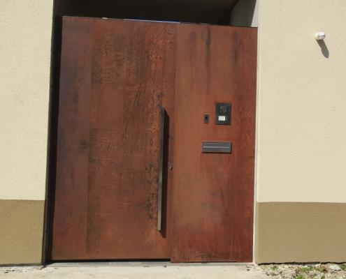 Tür Cortenstahl